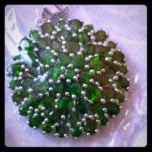 Round Russian Chrome Diopside Pendant